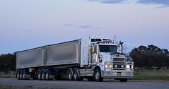 Kenworth T659 (quarterdeck888) Tags: trucks transport semi class8 overtheroad lorry heavyhaulage cartage haulage bigrig jerilderietrucks jerilderietruckphotos nikon d7100 frosty flickr quarterdeck quarterdeckphotos roadtransport highwaytrucks australiantransport australiantrucks aussietrucks heavyvehicle express expressfreight logistics freightmanagement outbacktrucks truckies t659 kenworth tipper bdouble