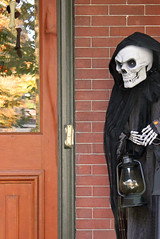 Enter at your own risk (tmattioni) Tags: lambertville halloween ghoul