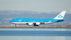 KLM Boeing 747 -400 PH-BFG takeoff SFO runway 28 port profile DSC_0931 (wbaiv) Tags: airplane aircraft airliner san francisco international airport bay klm boeing 747 400 phbfg takeoff sfo runway 28 port profile jumbo jumbojet boeing747 plane beacon strobe 747300 blue