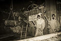 Cracovia - Manichini nelle Miniere di Sale, 17° secolo (ugo.ciliberto) Tags: cracovia minieredisale wieliczka saltmine manichini mannequins seppia sepia polonia antoniaforeshaft miniere sale salt mine
