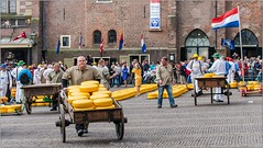Pb_5102782 (Fernand EECKHOUT) Tags: imagesvoyages photography photos poulbeau19 olympus olympusfrance omd em5 zuiko 50200swd 1260swd adobe photoshop lightroom lr6 dfine2 viveza voyages carnetdevoyage escapade ville alkmaar paysbas europe printemps mai 2013 march fromage gouda enchre ngc nationalgographic explore excellentphotos magicmoments flickr architecture