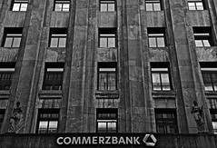 old architecture (mr.timebird) Tags: bw blackandwhite blackanwhitephotography outdoor city architecture arcitecturephotography architektur schwarzweis monochrome contrast bank commerzbank old
