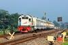 CC 201 77 10 SDT feat KA 194 Sri Tanjung (Muhamad Adlil) Tags: kereta api keretaapikita kai121 sepur jogja sri tanjung banyuwangi