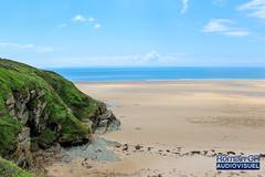 Côte Ouest (CH-Romain) Tags: normandie normandy sea mer beach plage sable falaise vue view ciel sky bleu vert france ouest cote west coast horizon rocher pierre