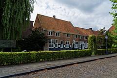 Begijnhof - Turnhout - Flandres (Vaxjo) Tags: belgique belgi flandres vlaams gewest turnhout begijnhof beguinage