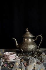 La hora del té (manu torras) Tags: stillife lasrecetasdemanucom clavebaja