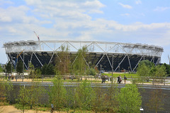 The Olympic Stadium (Martin Pettitt) Tags: city summer london architecture dslr legacy olympicstadium olympicpark stratford queenelizabeth olympics2012 2014 londongames stockcategories afsdxvrzoomnikkor18200mmf3556gifedii nikond7100