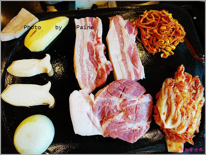 濟州島黑豬肉烤肉一條街-香氣烤肉 (17).JPG