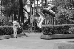 City life (adripagonz) Tags: life city white black blanco mxico children day y negro regular