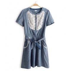 ว้าว! Denim dress ชุดยีนส์ แฟชั่นเกาหลี ผู้หญิง Lace Dress นำเข้า - พร้อมส่งTJ7095 ราคา750บาท  ไซส์ : อก 33-36 เอว 26-33 สะโพก 33-38 ยาว 34 นิ้ว วัสดุ : Cotton Denim + Lace   โทรสั่งของกับ พี่โน๊ต/พี่เจี๊ยบ : 083-1797221, 086-3320788, 02-9394933 | LINE Us