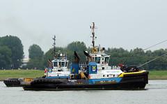 SMIT HUDSON & SMIT CHEETAH (kees torn) Tags: offshore tugs nieuwewaterweg smit portofrotterdam rtmagic smithudson smitschelde smitcheetah smitseine bpfpsoschiehallion