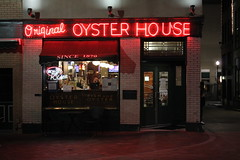 Original Oyster House (joseph a) Tags: sign restaurant pittsburgh pennsylvania storefront neonsign marketsquare oysterbar originaloysterhouse oysterhouse
