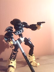 The Goodwill Sniper (9) (EMMSixteenA4) Tags: light self work dark that mirror flickr ranger order good progress 7 wip help will sniper advice bionicle gali critique pls moc lewa tahu nui roark mahri kopaka pohatu lesovikk mfin onua selfmoc lessovikk wreax