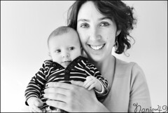 Elliot & Kelly. (nanie49) Tags: nb bn famille familia family famiglia france francia bb baby nouveaun newborn reciennacido nanie49 nikon d750 portrait retrato motherhood mre mother madre mama