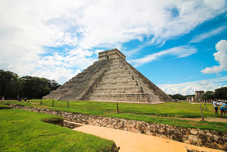The Kukulkan Pyramid in Chichen-Itza