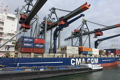 Container crane @ Container terminal @ Harbour Tour @ Spido @ Rotterdam (*_*) Tags: rotterdam netherlands nederland city europe october autumn fall 2016 cloudy morning spido nieuwemaas river cruise boat ship harbour tour container cargo cma cgm transshipment harbor port