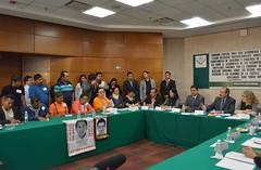 Comisin Especial Para La Investigacin De Ayotzinapa 25 de Octubre del 2016 (CamaradeDiputados) Tags: comisin cmara de diputados comunicacin especial sanlzaro debate dilogo desarrollo dialogo diputadas derechos lxiii legislatura ley legisladores legislativa artculos constitucionales reunin transparencia trabajo prd pri pan pt movimientociudadano morena encuentro social independiente legislativo legisladora para la investigacin ayotzinapa 25 octubre del 2016