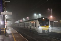 700003 - Harpenden - 1W73 (richa20002) Tags: class 700 emu electric multiple unit desiro siemens tl thameslink gtr govia mml midland mainline night fog