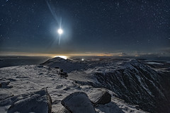 Moonlit mountain (bradders29) Tags: sgurranfhidhleir fiddler summit camp assynt lwis harris night stars moon moonlit snow winter