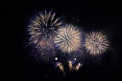 Hanabi (StephanExposE) Tags: japon japan asie asia stephanexpose canon 600d 1635mm 1635mmf28liiusm feu artifice fireworks hanabi feudartifice otsu kyoto nuit night