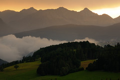 7:52 PM (Lord Markus) Tags: sunset tramonto twilight crepuscolo mountains montagne alps alpi coucher soleil italian silhouette italy italia suedtirol altoadige sudtirol valpusteria stradadelsole pustertal clouds nuvole cloud formations pendio wood bosco haze foschia dolomiti dolomites summer terento terenten nikon d300s