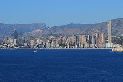 IMG_6676 (John Haughey) Tags: poniente levante benidorm beach blue sea sky mountains buildings boat