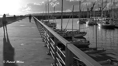 On the quay - Brest (patrick_milan) Tags: brestbrittanyquay warfpierjetée noiretblanc blackandwhite noir blanc monochrome nb bw black white street rue people personne gens streetview