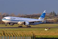 9K-AOB  B777-269(ER)  Kuwait Airways (n707pm) Tags: 9kaob b777 boeing 777 777er airport aircraft airline airplane einn snn coclare ireland kac117 29112016 kuwaitairways cn28744 shannonairport garoh