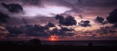 Vintage Sunset 1982 (Robert Bauernhansl) Tags: sunset sun setting sonnenuntergang sonne abend abendrot red purple lila violett violet wolken clouds sky himmel campervan car toyotaliteace toyota denmark dänemark orange europa 1982
