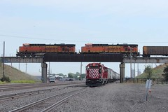 Over/Under (Trainboy03) Tags: santa burlington island nebraska central grand ne fe northern bnsf ncrc 6132 8118