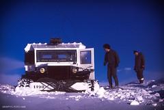 Kerguelen, la croisre blanche (Graffyc Foto) Tags: ocean 6x6 port radio de la foto 1988 ile bleu ciel dodge neige aux indien desolation
