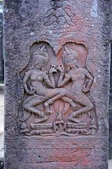 Apsaras, Angkor (Bertrand de Camaret) Tags: sculpture stone pilar asia cambodge cambodia pierre ngc danse asie angkor apsara nationalgeographic pilier uvre danseuse bertranddecamaret danseuseceleste