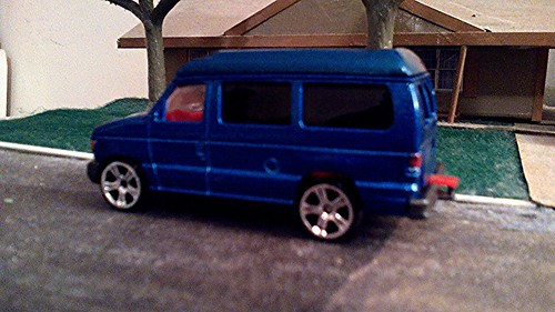 Majorette 1998 Ford Econoline Custom Conversion Van