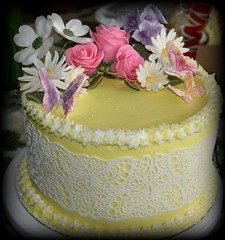Roses and Lace cake by Floyd, Fort Lupton, CO, www.birthdaycakes4free.com