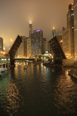 Chicago State Street Bridge (Explored) (Fret Spider) Tags: bridge summer urban usa chicago rain weather fog skyline architecture night clouds skyscraper canon river boat downtown tour halo august landmark il nighttime handheld 5d canon5d nightlife 24mm manual chicagoriver dslr ef aura moisture drizzle wyndham unioncarbide inclimate chicagolandmark enjoyillinois liveview chicagoicon canonef24mmf14liiusm canoneos5dmarkiii canon5dmarkiii 5dmk3 canon24mmf14lusmii canon5diii