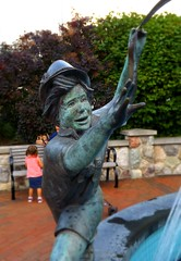 Another View, Bronze Boy: Fountain on Main Street--Frankenmuth, Michigan (pinehurst19475) Tags: travel sculpture water fountain statue mainstreet statues tourist touristattraction frankenmuth travelphotography frankenmuthmichigan bronzefigures littlebavaria