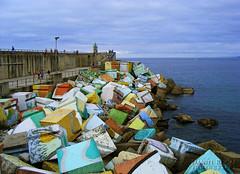 Los cubos de la memoria de Llanes (Daniel Rocal) Tags: sunset sea espaa port puerto atardecer mar spain asturias cube cubes bluehour cubo llanes anochecer cucos horaazul