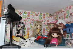 So what sort of place is this? (pullip_junk) Tags: pullip custom requiemart myufish yeolume pennythetravelingyeolume