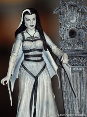 Lily Munster - Diamond Select Toys (VISION TORRES) Tags: family familia toys action diamond collection figure figurine select collectable figura acción munsters