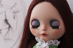 Autumn eyelids