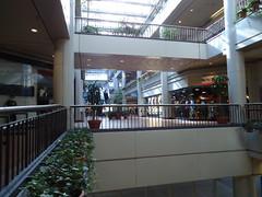 Gallery II second floor (tehshadowbat) Tags: shopping shoppingmall downtownshoppingmall gallerymallcenter city philadelphiaretailshoppingstores renovation redevelopment