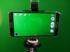 Smartphone Tripod Adapter (Photo: georobb on Flickr)