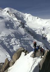 Chamonix, massif du Mont-Blanc (Ytierny) Tags: panorama france vertical altitude glacier piton neige midi blanche chamonix montblanc glace alpinisme escalade hautesavoie sommet valle aiguille et belvdre srac paroi alpiniste massifdumontblanc hautemontagne alpesdunord ytierny