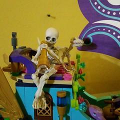 Bone Capitan (trinlayk) Tags: instagramapp square squareformat iphoneography uploaded:by=instagram mort anubis dolls rementskeleton rement skeleton skelepose