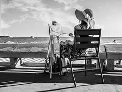 Peintre (totofffff) Tags: cannes croisette france french riviera street alpes maritimes mditerrane noir blanc black white festival film olympus om d e m1 expo droite