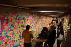 IMG_2232 (neatnessdotcom) Tags: union square subway station postit notes wall tamron 18270mm f3563 di ii vc pzd canon eos rebel t2i 550d