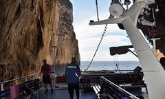 Impressive (4) (serie 4 Photo's) (wilma HW61) Tags: kloof gap grot bluelagoon  chsma cart divario zeegrotten grotta hhle cave neptun nettuno natuur nature natur naturaleza nikond90 wilmahw61 wilmawesterhoud griekenland  ellda grce grecia greece griechenland europa europe  evrpi  paxos paxoi paxi