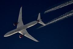 Virgin Atlantic Boeing 787 Dreamliner G-VDIA (stephenjones6) Tags: outdoors blue sky civil jet aircraft aeroplane boeing b787 787 dreamliner virgin atlantic contrail vapour vapourtrail ott highaltitude nikon d3200 skywatcher gvdia