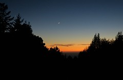 Venus and the young moon (jinxmcc) Tags: edgewood sunset newmoon venus mendocinocoast northerncalifornia