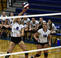 vballsouthington-BR-110216_1183 (newspaper_guy Mike Orazzi) Tags: 70200mmf28gvr volleyball sports nikon d500 tollandhighschool southingtonhighschool indoorsports availablelight highiso girls net court